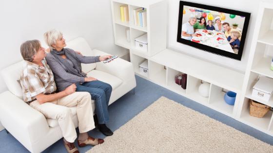Emotivi les seniors connectés par la télévision
